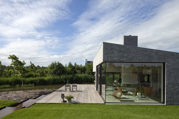 modern netherlands villa with glass walls 1 Nordic Villa with Glass Walls, Modern Interiors and More
