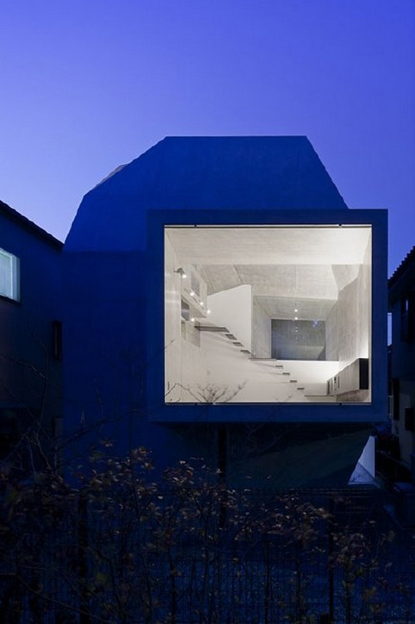 modern-shape-architecture-japanese-gallery-house-7.jpg