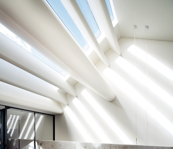 modern-victorian-house-plans-minimalist-interiors-5.jpg