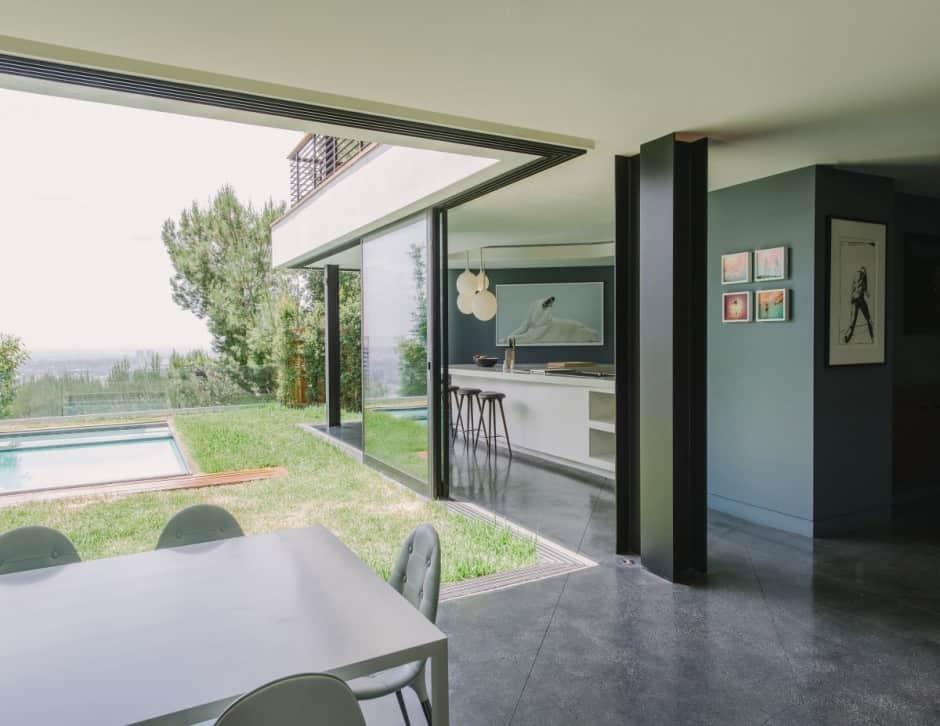 Modernist Terraced House With Disappearing Walls And