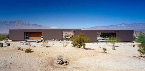 Modular Desert House in California