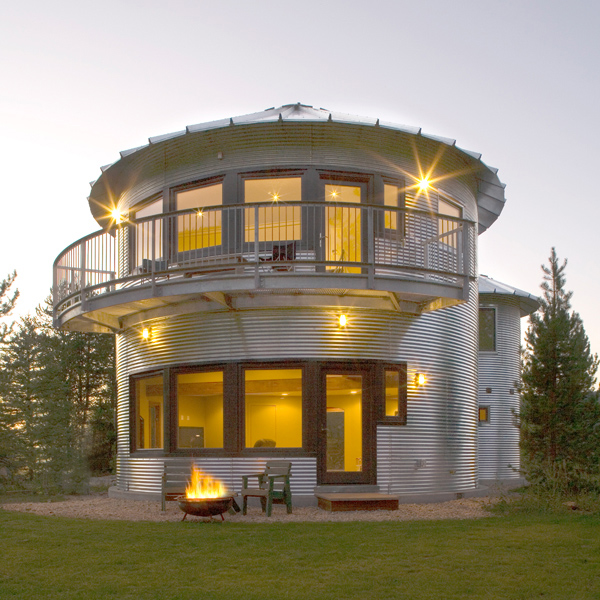 monte silo house 1 Silo House in Utah   grain silos rock!