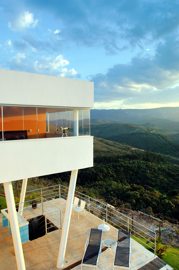 morato-contemporary-mountain-home-4.jpg