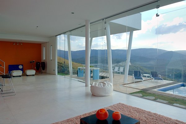 morato-contemporary-mountain-home-8.jpg
