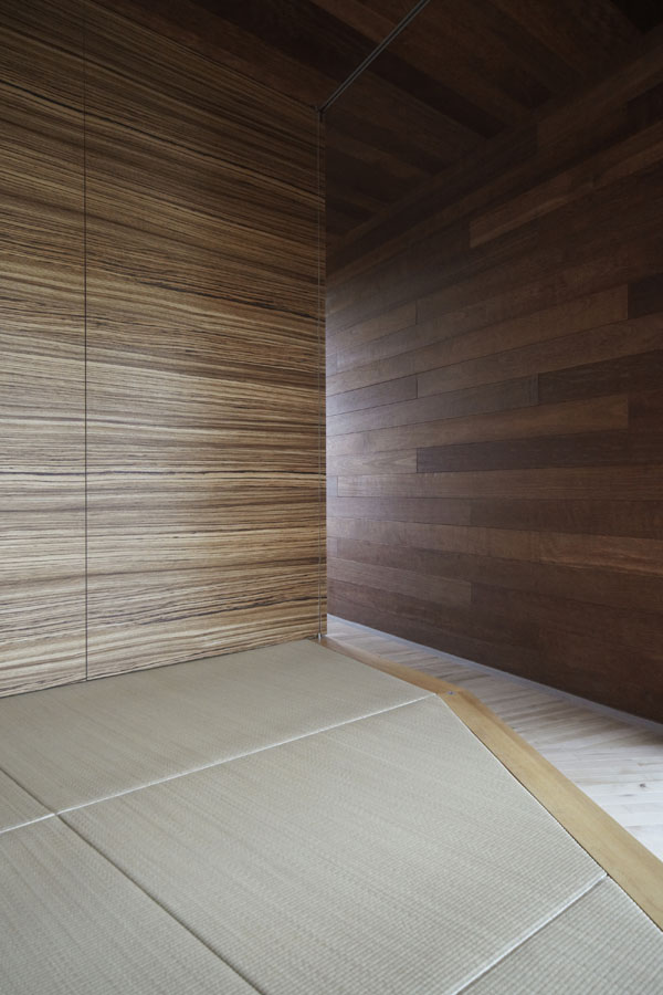 mountain cabin forest house japan 18