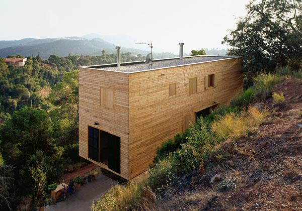 mountain home ideas barcelona 2 Mountain Home Ideas – Hillside Home in Barcelona