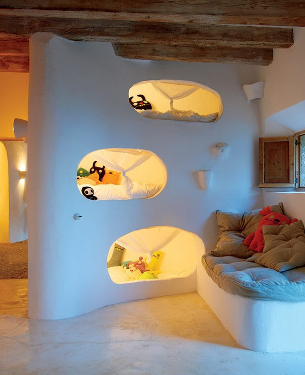 natural home design ideas 2 Natural Home Design Ideas – Stone Cave House
