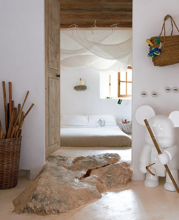 "Natural Home Design Ideas – Stone ""Cave House"""