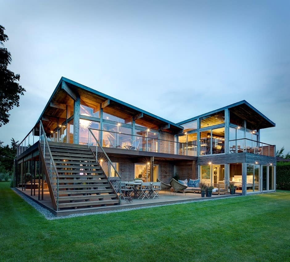 Earthy Timber Clad Interiors vs. Urban Glass Exteriors ... on Modern Glass House  id=67923
