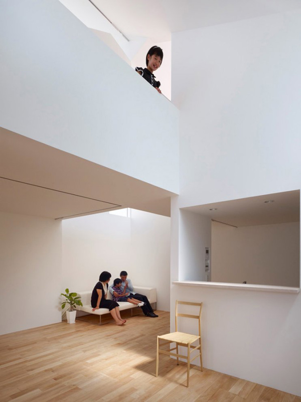 odd shaped houses japan 5