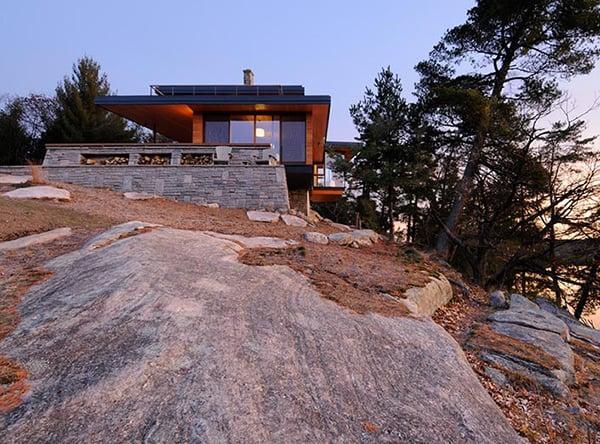 ontario-eco-house-altius-architecture-muskoka-3.jpg