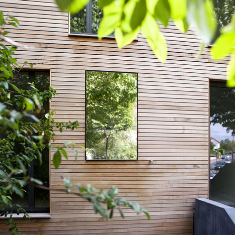 open-roof-house-sustainable-wood-6.jpg