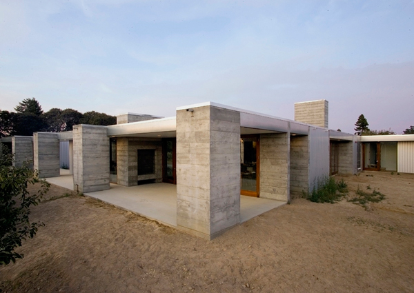 Orchard House 2 Prefabricated Concrete Home In Sonoma County Ca Aligned With The