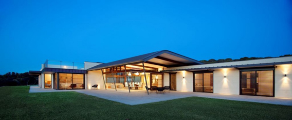 outdoor-living-beach-house-australia-7.jpg
