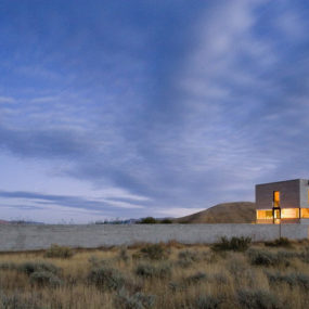 Desert House in Idaho with concrete 'paradise garden'