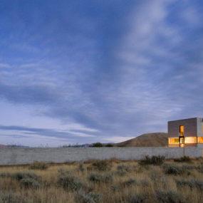 Desert House in Idaho with concrete 'paradise garden'