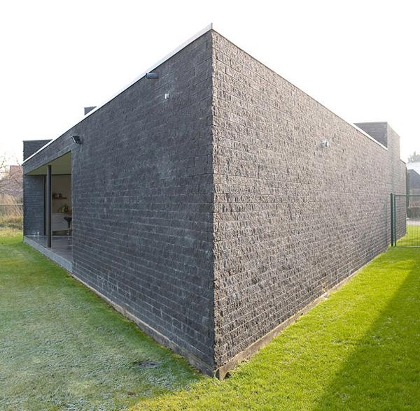 parallelogram-house-4.jpg