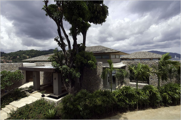 phuket-villa-2.jpg