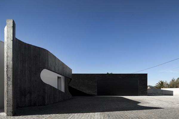 portuguese-courtyard-house-7.jpg