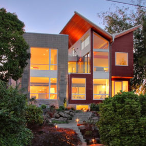 Contemporary House in Seattle Merges Chic Style with Cool Quirks