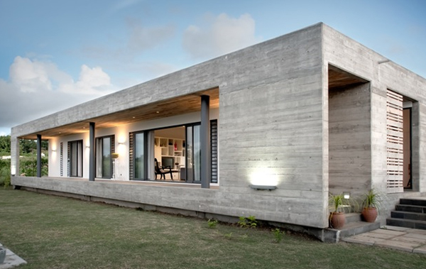 Rectangular concrete house by rethink for Precast concrete home designs