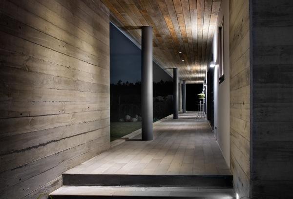 rectangular-concrete-house-rethink-5.jpg
