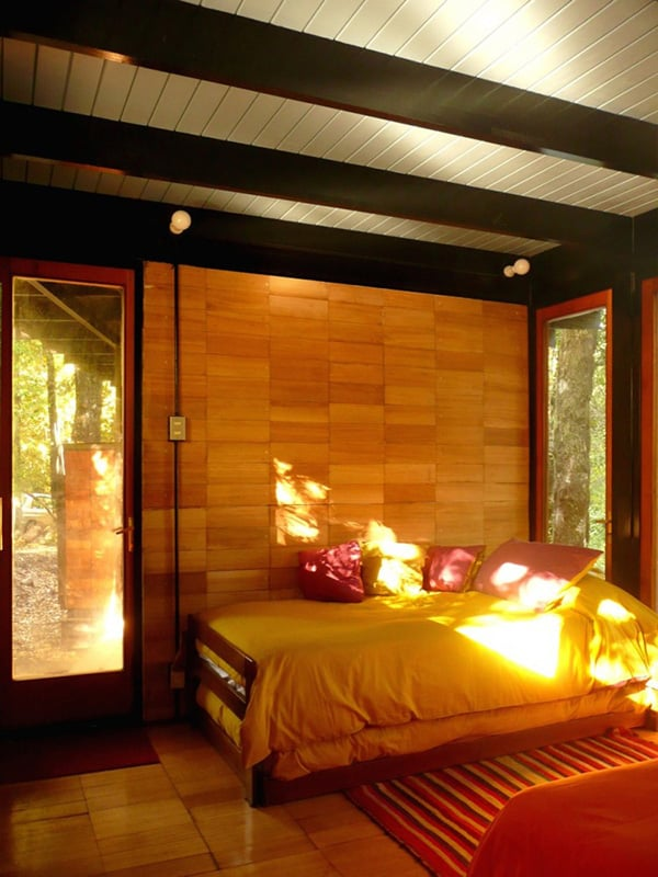 recycled-wood-cottage-chile-12.jpg