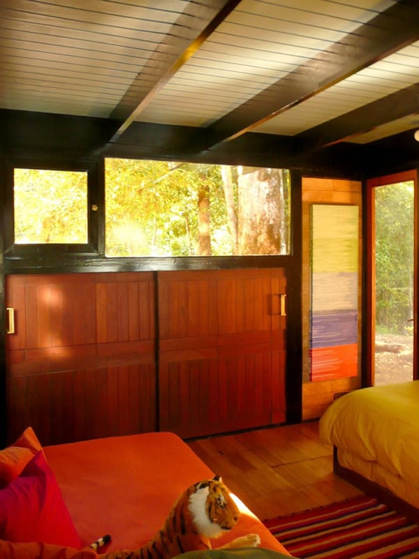 recycled-wood-cottage-chile-13.jpg