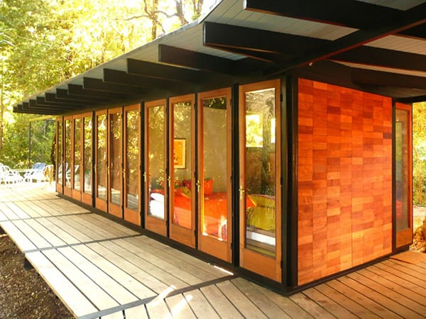 recycled-wood-cottage-chile-19.jpg