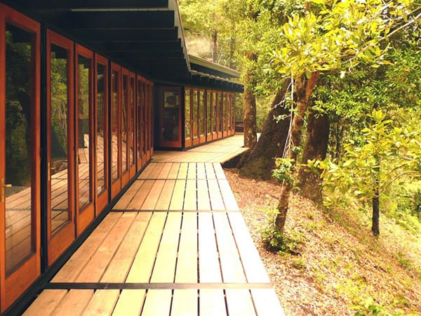 recycled-wood-cottage-chile-8.jpg