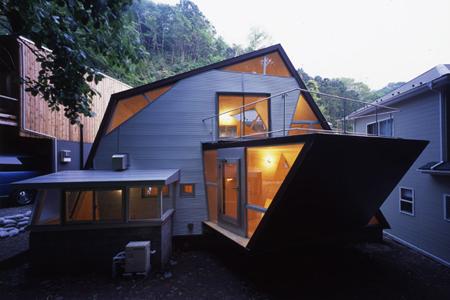 ref-ring-japan-house-1.jpg