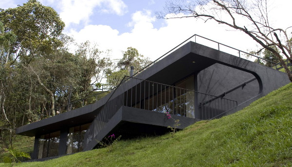 refuge houses 1 Contemporary Home Complements Nature