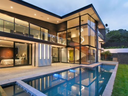 remuera house 2 Modern New Zealand Glass House Frames Luxurious Features, Inside and Out