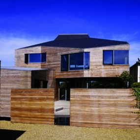 Contemporary Sea-Side House – the Salt House