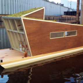 Prefab Floating Home with Sustainable Style in Germany – Das Schwimmhaus