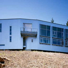 Inspired Prefab Custom Home Design for a Sculptor in Santa Rosa, CA