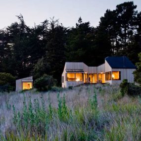 Natural Wood Home on the ocean – is this only a dream?