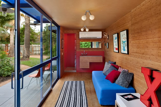 shipping-container-guest-house-with-rooftop-garden-7-main-room.jpg