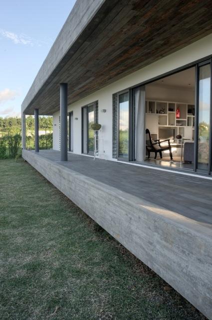 simple-concrete-house-6.jpg