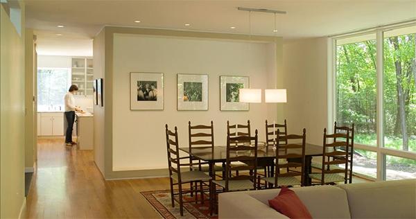 simple-contemporary-courtyard-house-plan-dan-hisel-8.jpg