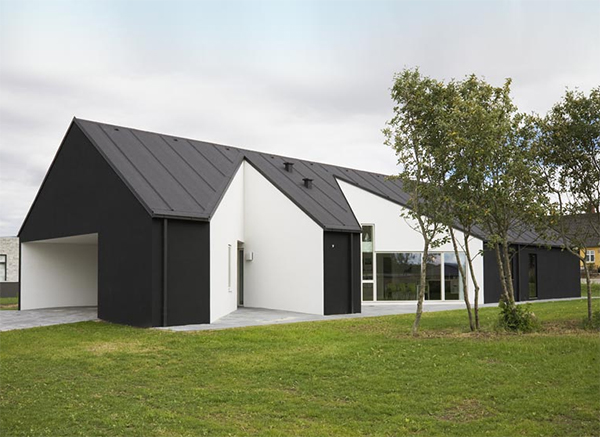 sinus house 1 Modern Country Home in Denmark