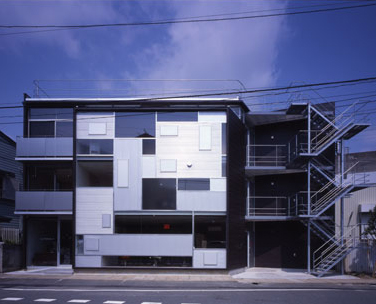 skin tv japan house Modern Japanese Urban Architecture demands attention ...