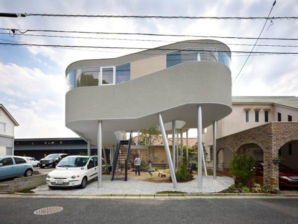 sky high house plans hiroshima 1 Sky High House Plans: Bird's Nest House in Hiroshima