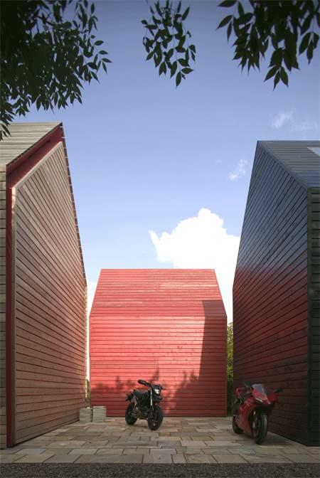 sliding-house-10.jpg