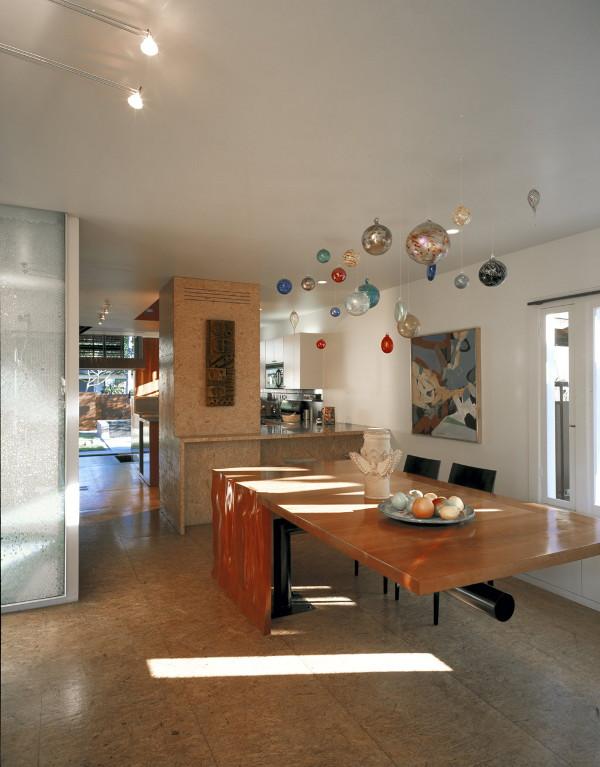 solar umbrella house 4