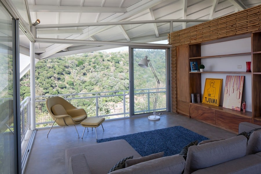 Awesome View In Gallery Sophisticated And Futuristic Looking House In El Salvador