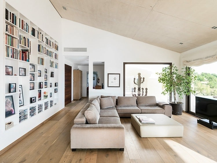 Spanish family home with comfortably contemporary open for Large family living in small house