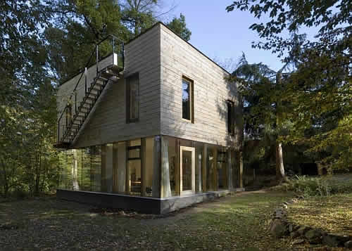 sporadical wooden house 2 Wonderful Wooden House Design in Czech Republic Invites Nature and Company