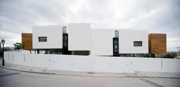 stilt-house-spain-1.jpg
