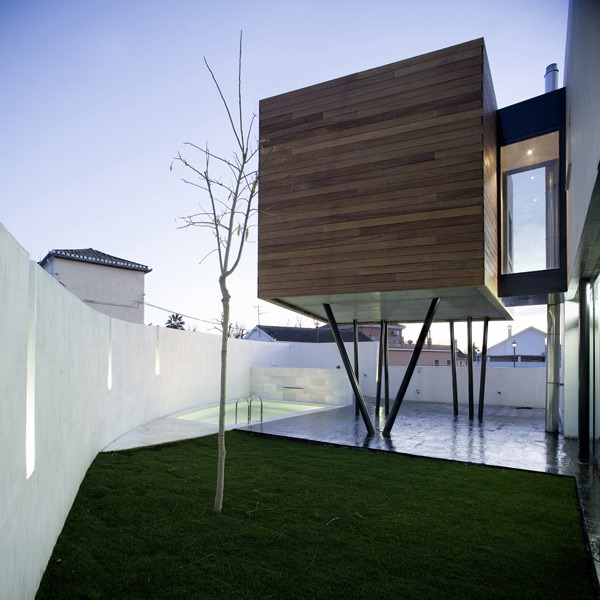 Spanish house design dwelling as a programmed space for Stilt homes for sale
